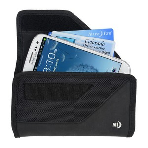 Nite-Ize Rugged Horizontal Clip Case for Large Devices in Black